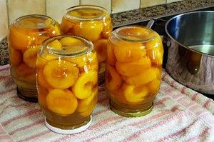 konservaciya persikov prostye recepty zagotovok na zimu