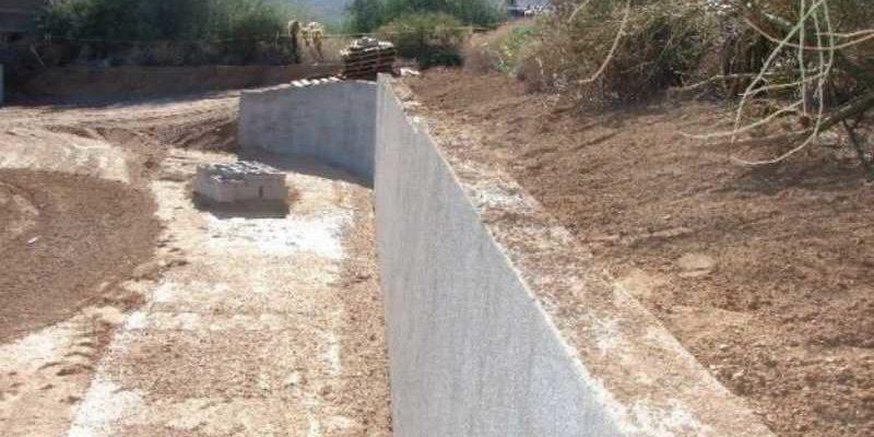 podpornaya stenka na uchastke sozdanie yarusov v sklone